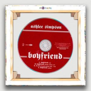 MCD-ashlee-simpson-boy-1